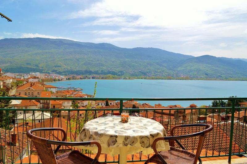 Orange apartment (Villa Ohrid) - Image 1 - Ohrid - rentals