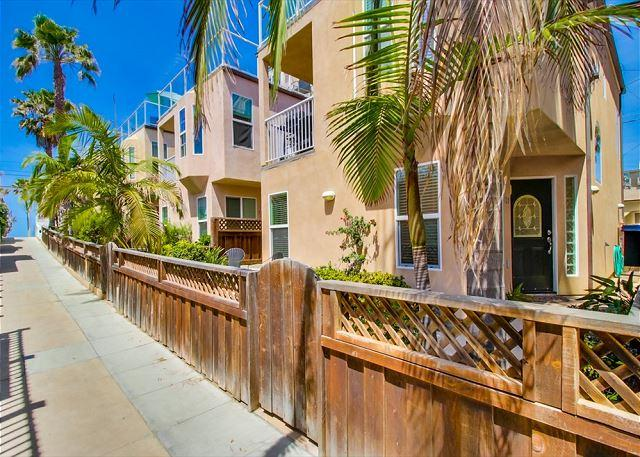 Stand Alone home steps to the ocean. Three Bedroom, Large Garage - Image 1 - Pacific Beach - rentals