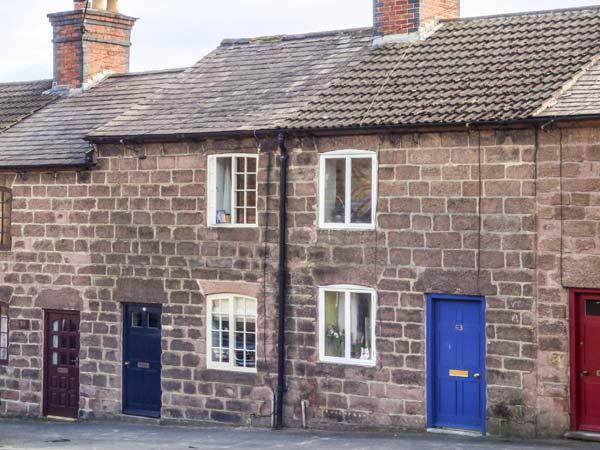 61 THE HILL  woodburning stove, village location, pet-friendly, close to National Park in Cromford, Ref 934915 - Image 1 - Cromford - rentals
