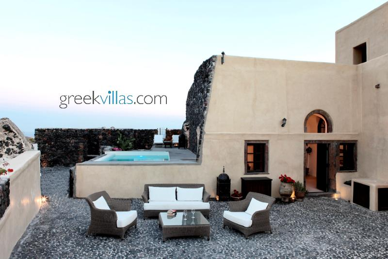 Santorini - The Winegrowers Mansion 2 with pool  overlooking the vineyards & quaint village has 3 be - Image 1 - Santorini - rentals