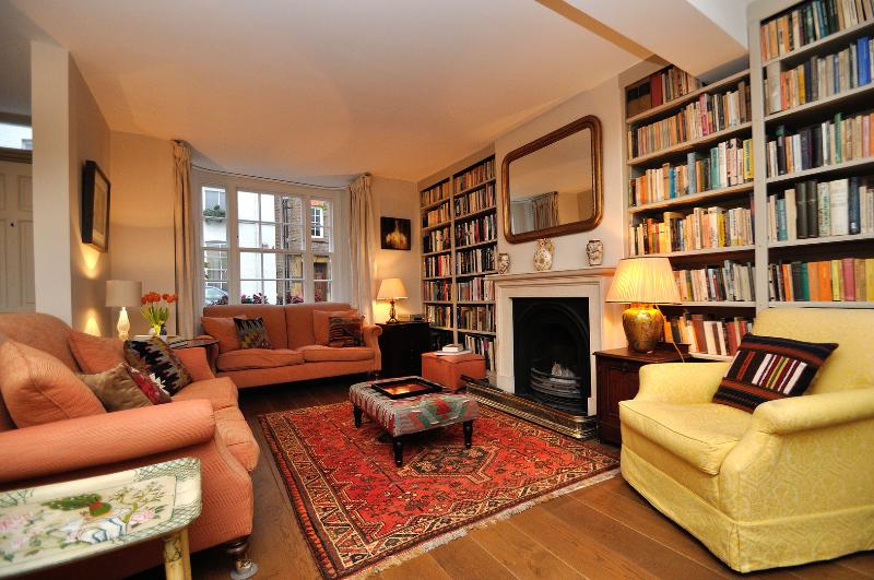 Edge St, 3 Bed with Large Roof Terrace, Notting Hill/Kensington - Image 1 - London - rentals