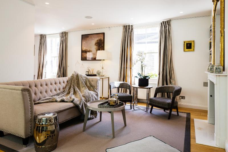 A divine mews property in the heart of Kensington - Image 1 - London - rentals