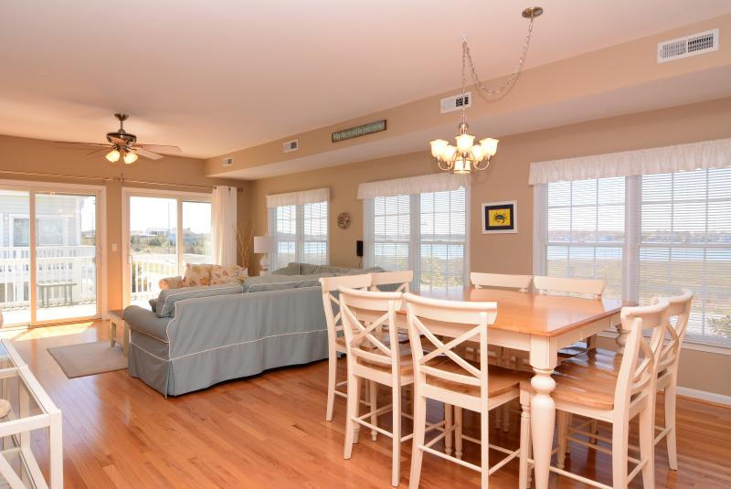 Private beach, Beautiful Sunsets at Oyster Cove - Image 1 - Bethany Beach - rentals