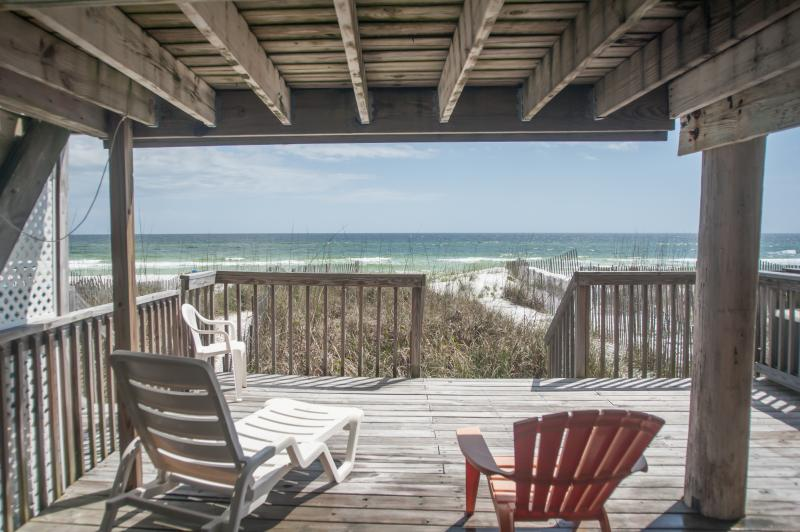 Deck at the sand level. Just a few step from the white sandy beach - A True Gulf Front, 3 Bd, 3.5 BT Wifi & Great Rates - Miramar Beach - rentals