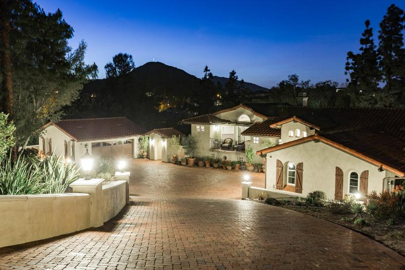 Private estate home on one acre - San Diego Luxury Home with Private Pool - Pacific Beach - rentals