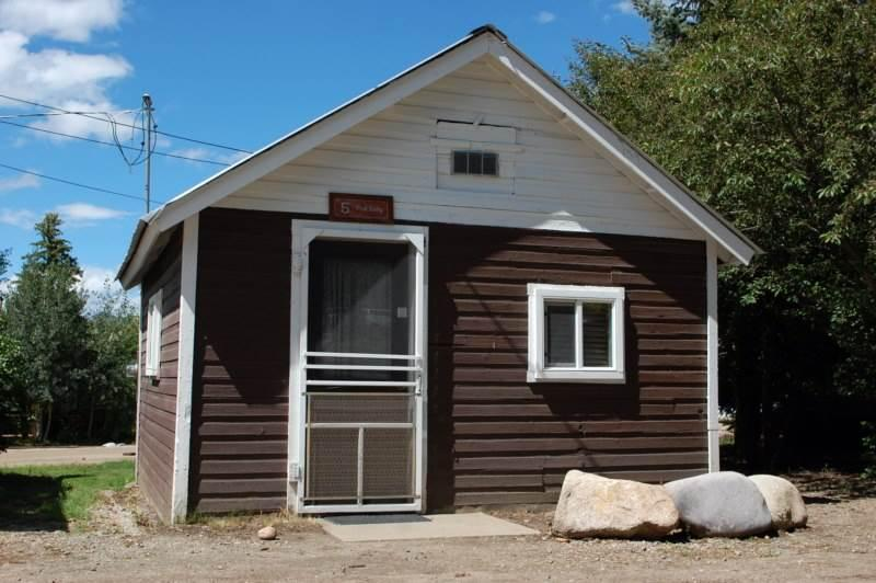 Historic Studio Cabin at Three Rivers Resort in Almont (#5) - Image 1 - Almont - rentals