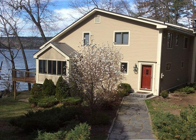 Lake Waukewan Waterfront  (NOR110Wfa) - Image 1 - Meredith - rentals