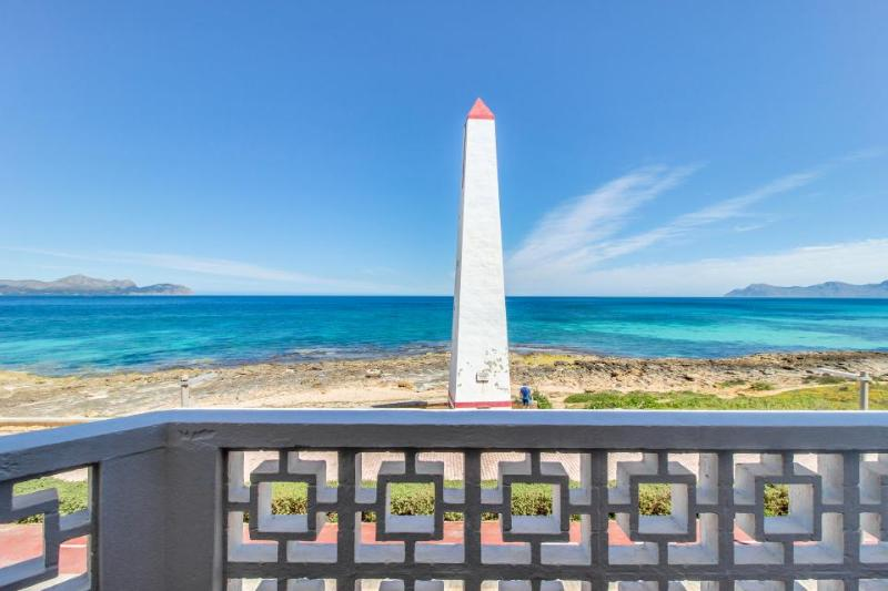 Gorgeous views, two seaside terraces, close to the beach! - Image 1 - Ca'n Picafort - rentals