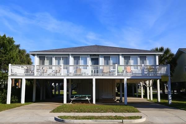 """2804 Palmetto Blvd - """"2804 Palmetto"""". - Image 1 - Edisto Beach - rentals"""