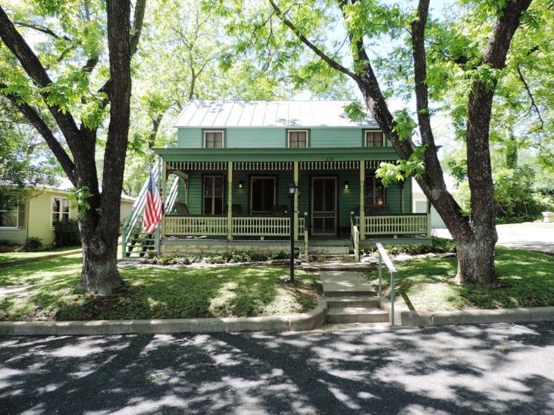 Second Home - Image 1 - Fredericksburg - rentals