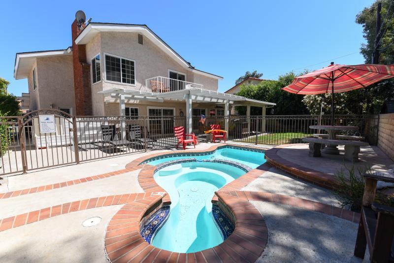$300-$375/night- 2500 sf. home, 4 bdrs, 3 baths - Image 1 - Anaheim - rentals
