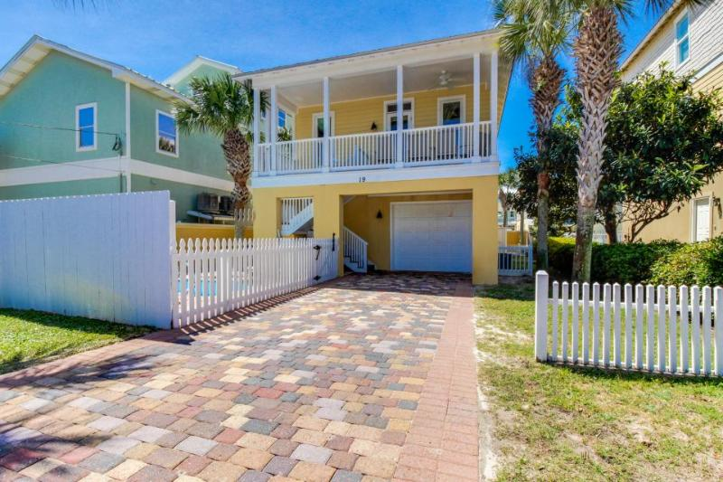 Spacious home w/cute private pool, access to shared pool, near Frangista beach! - Image 1 - Miramar Beach - rentals