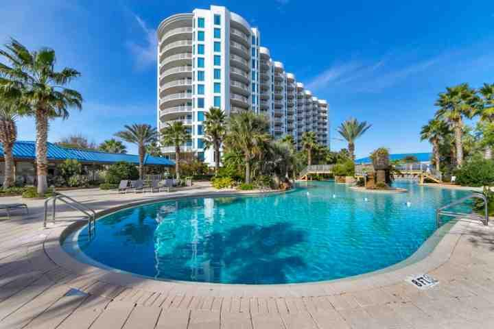 THE PALMS 21114-SHOWSTOPPER GORGEOUS AND FRESHLY RENOVATED BEAUTY! - Image 1 - Destin - rentals