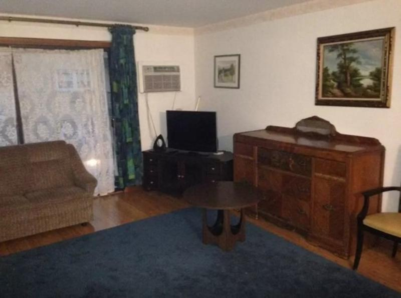 AMAZING AND ADORABLE FURNISHED 2 BEDROOM 2  BATHROOM APARTMENT - Image 1 - Chicago - rentals