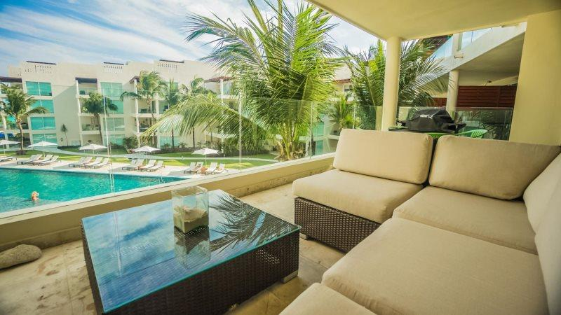Great Ocean views from this 3rd story condo at The Elements - Image 1 - Playa del Carmen - rentals