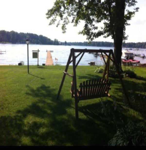 Lakefront getaway, close to Ann Arbor - Image 1 - Whitmore Lake - rentals
