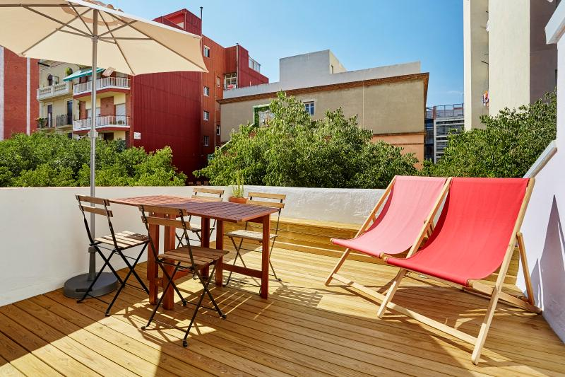 Glorias Penthouse with Terrace (1BR) - 20% SPECIAL PROMO DISCOUNT - Image 1 - Barcelona - rentals