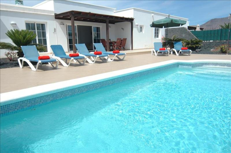 Villa LVC227774 - Image 1 - Playa Blanca - rentals