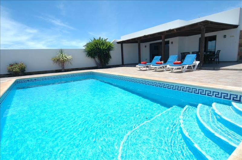 Villa LVC227855 - Image 1 - Playa Blanca - rentals