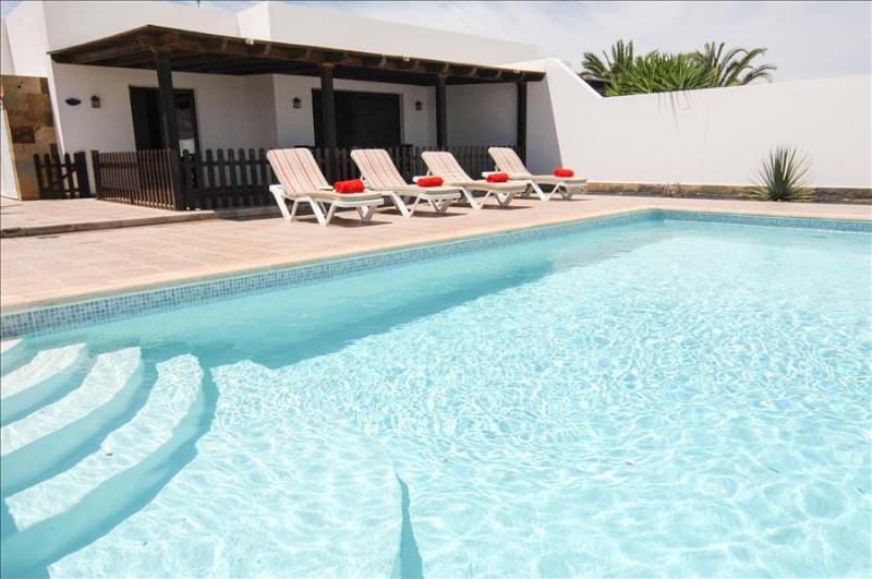 Villa LVC228143 - Image 1 - Playa Blanca - rentals