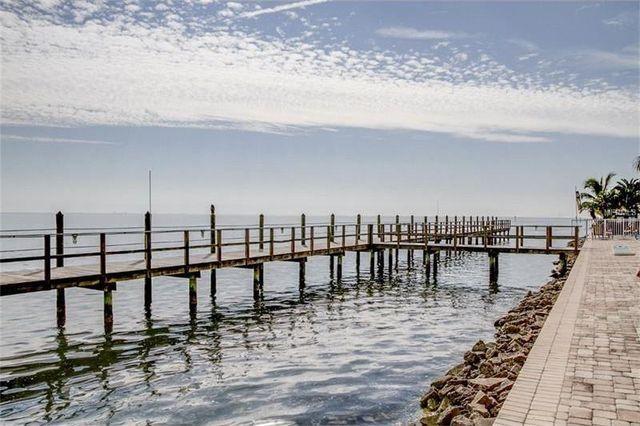 Our own Pier by the pool - Panoramic ocean views 1 - Saint Petersburg - rentals