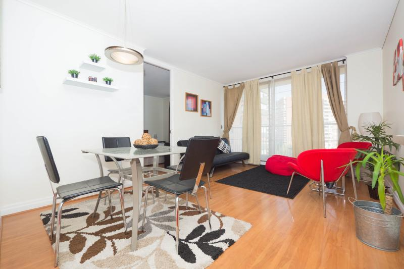 Modern 1 Bedroom Apartment in Las Condes - Image 1 - Santiago - rentals