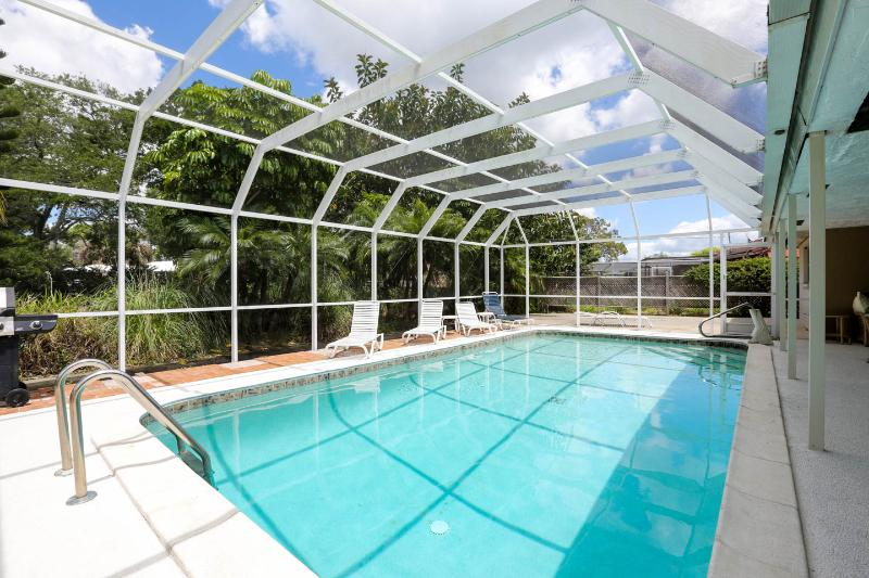Executive 2 Bed 3 Bath Pool Home near Siesta Key - Image 1 - Sarasota - rentals
