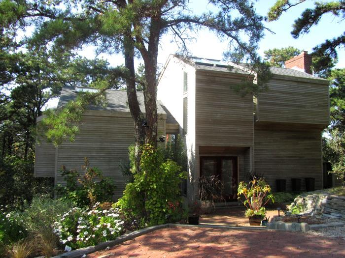 Lovely Contemporary split level Home - Image 1 - Wellfleet - rentals