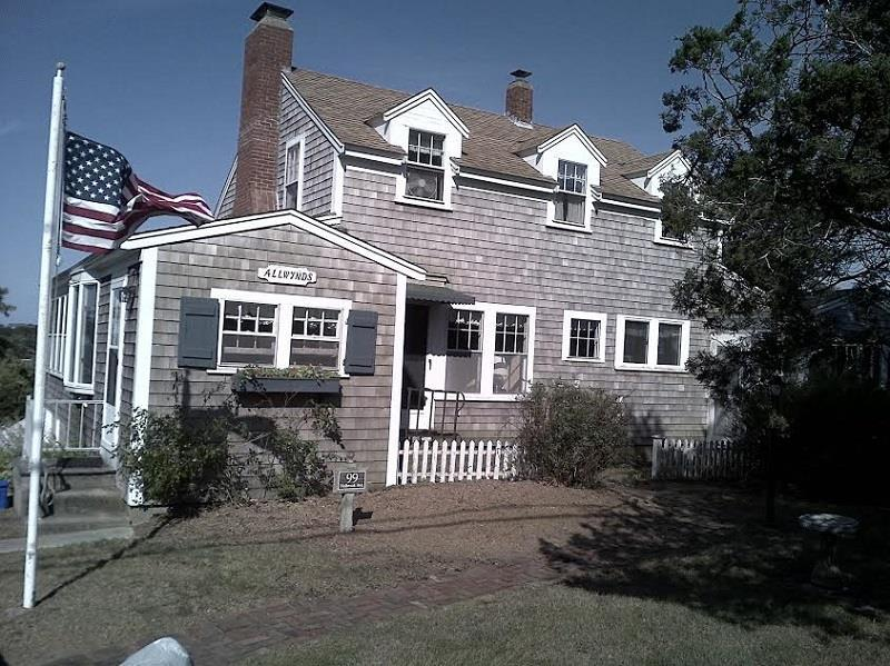 Antique Wellfleet Cape with Views - Image 1 - Wellfleet - rentals