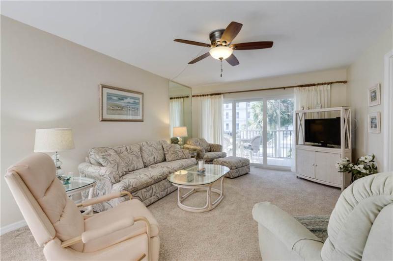 Sand Caper 208, 2 Bedrooms, Elevator, Heated Pool, Sleeps 4 - Image 1 - Fort Myers Beach - rentals