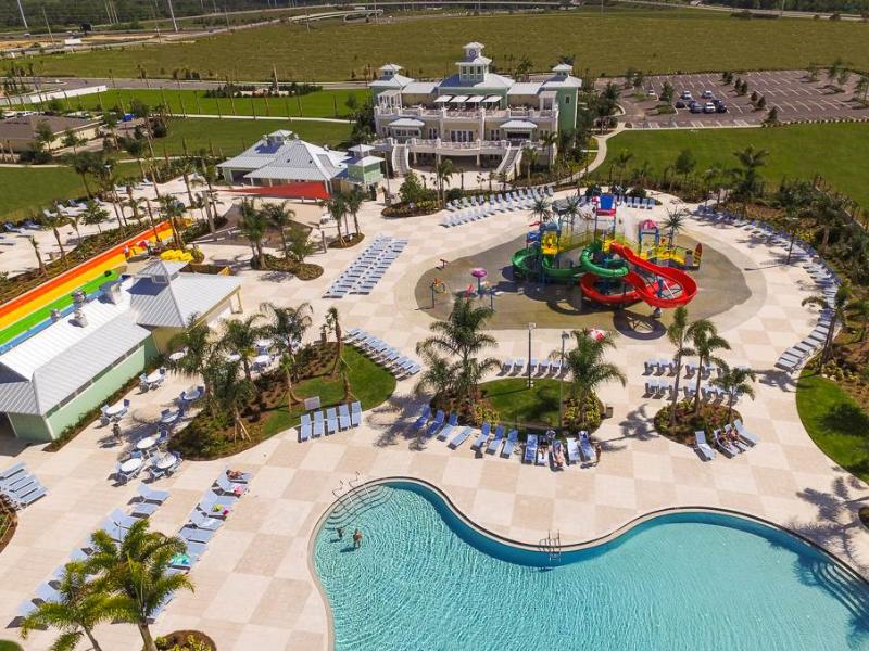 Reunion Resort 6 Bedrooms, Encore Club, Pool, Spa, Aqua Park, Sleeps 12 - Image 1 - Kissimmee - rentals