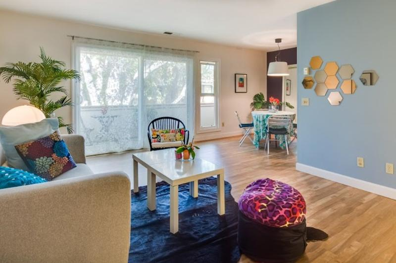 Charming And Cozy Home With 2 Bedrooms in Palo Alto - With Swimming Pool and Carport - Image 1 - East Palo Alto - rentals