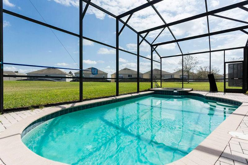 Luxury Retreat, 5 Bedrooms, Windsor Hills, Private Pool, Sleeps 12 - Image 1 - Kissimmee - rentals