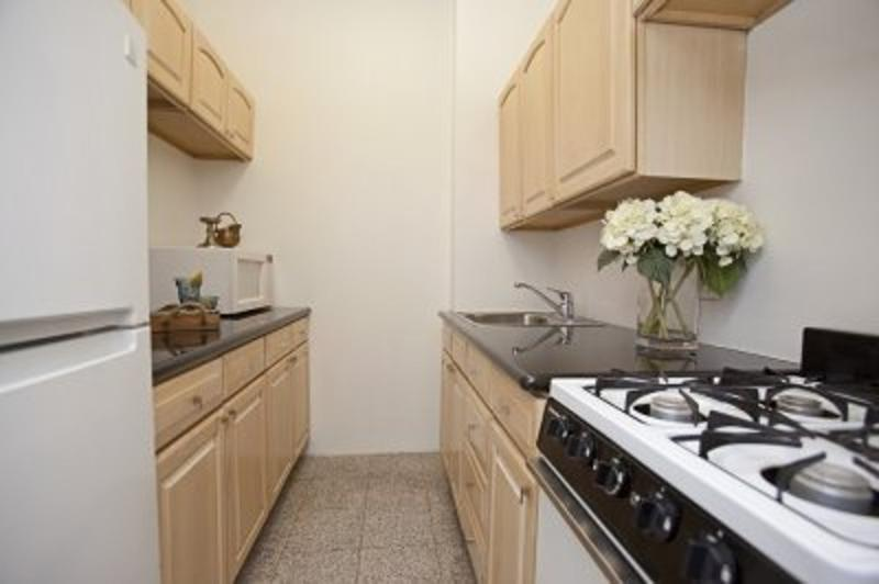 REMARKABLE STUDIO APARTMENT - Image 1 - Weehawken - rentals