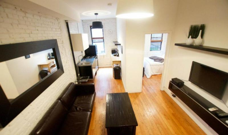 Vibrant and Charming 3 Bedroom 2 Bathroom Apartment in New York - Image 1 - New York City - rentals