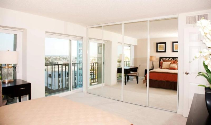 ALLURING FURNISHED 1 BEDROOM 1 BATHROOM APARTMENT - Image 1 - Marina del Rey - rentals