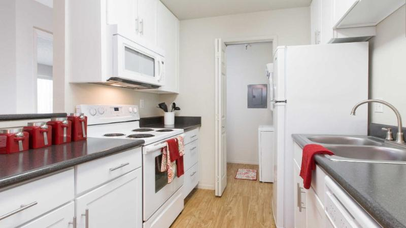 Bright Palo Alto Apartment - Furnished 2 Bedrooms And 2 Bathrooms - Image 1 - Palo Alto - rentals