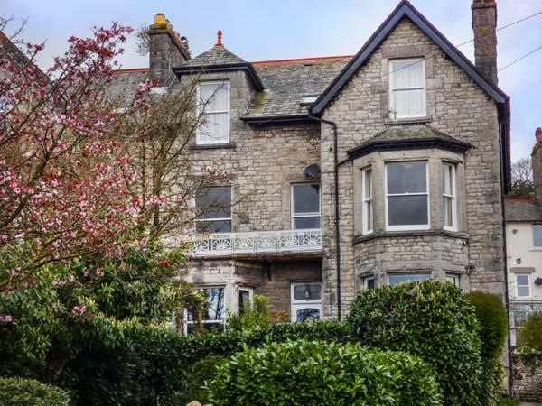 1 FLAXFORD HOUSE, apartment, ground floor, pet-friendly, garden, WiFi, in Grange-over-Sands, Ref 930420 - Image 1 - Grange-over-Sands - rentals