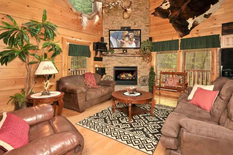 "Living Room - 58"" HDTV, Fireplace, Queen Sleeper Sofa - HAKUNA MATATA-Luxurious 2/2-Indoor/Outdoor Pool - Pigeon Forge - rentals"