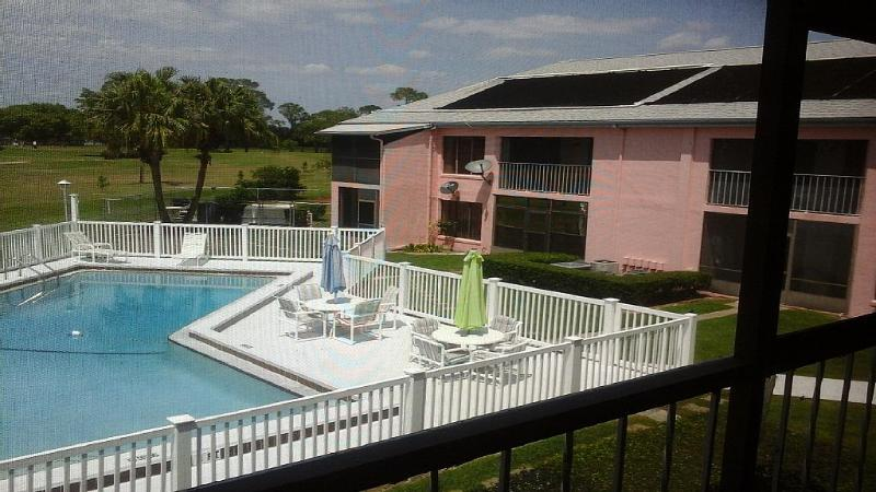This Apartment is a Golfers Paradise - Image 1 - Jensen Beach - rentals
