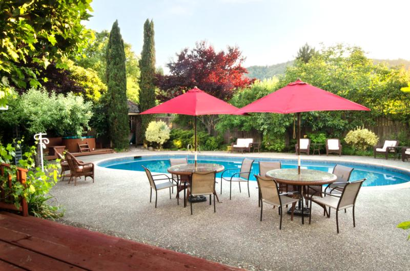 Luxurious Home with Pool in Tranquil Wooded Valley - Image 1 - Guerneville - rentals