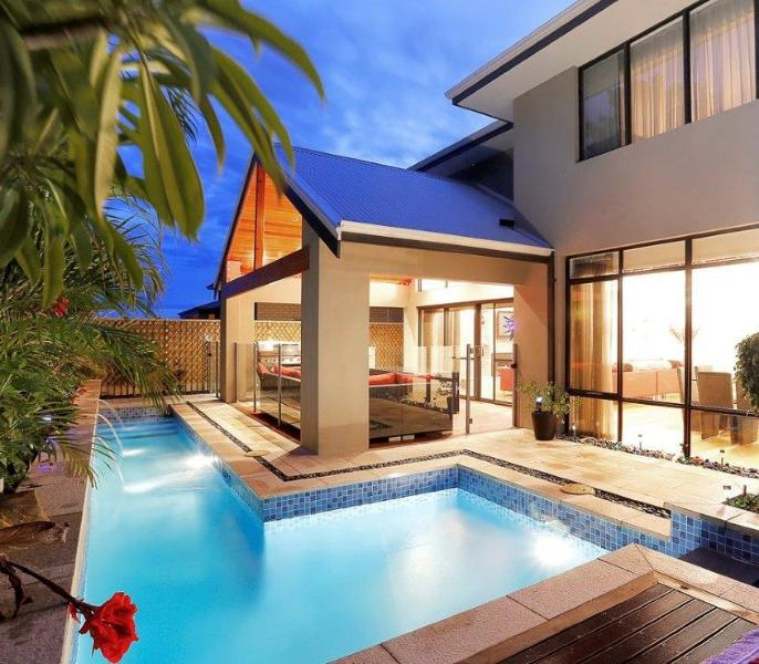 THE RESIDENCE STUNNING ALFRESCO AREA - THE RESIDENCE SIMPLY STUNNING - Burns Beach - rentals