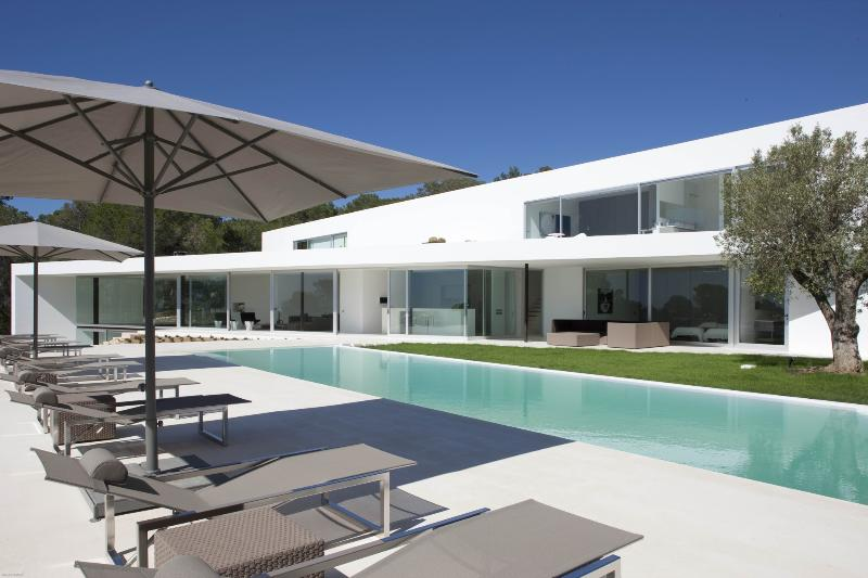 Ixus - Image 1 - Cala Gracio - rentals
