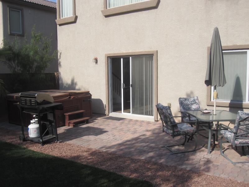 BEAUTIFUL HOUSE,  GREAT AREA - BOOK NOW & SAVE - Image 1 - Las Vegas - rentals