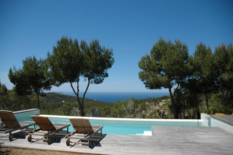 Sol Post - Image 1 - Cala Gracio - rentals