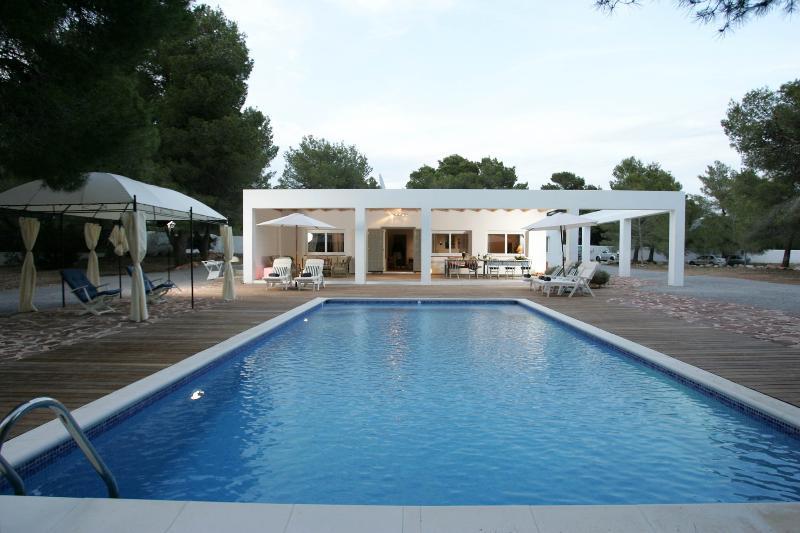 Campo Jondal - Image 1 - Es Cubells - rentals