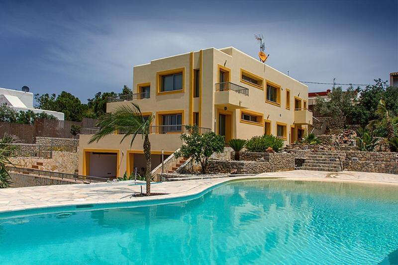 Casa Costa Talamanca - Image 1 - Sant Carles de Peralta - rentals