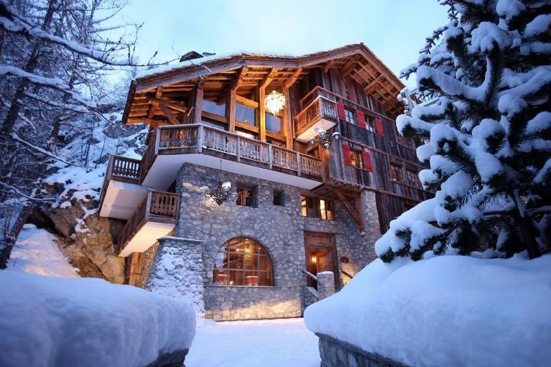 Chalet Le Rocher - Image 1 - Val d'Isère - rentals