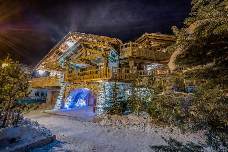 Chalet Lhotse - Image 1 - Val-d'Isère - rentals