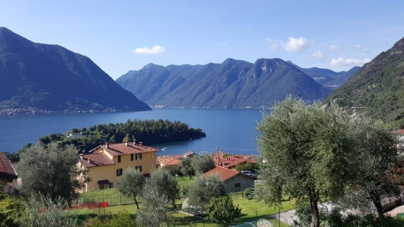 Splendid views and unforgettable sunsets over the mountains and lake from the apartment. - Ossuccio Grande with swimming pool and  A/C - Ossuccio - rentals